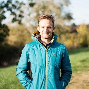 Alastair Dixon
