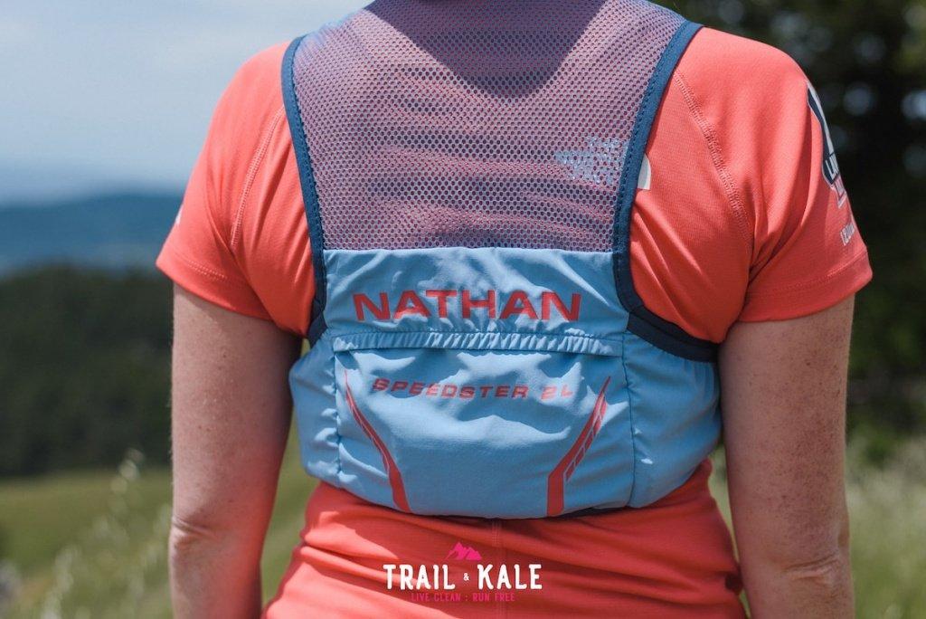 Nathan Speedster 2l - Trail & Kale - wm-4-min