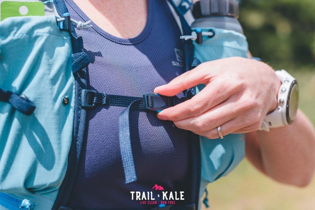 Ultimate Direction Ultra Vesta 4.0 race vest - Trail & Kale - wm-18-min