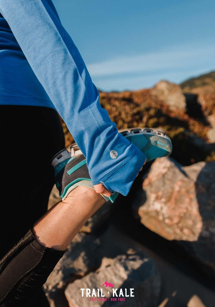 Stio Clothing - stio women's divide tech tee long sleeve - trail & kale wm-5