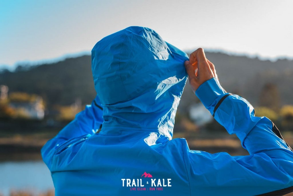 On Weather Jacket mens review Trail Kale sml wm