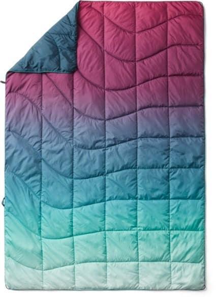 Rumpl NanoLoft Puffy Blanket Crisp Fade - Adventure Road Trip Essentials - Trail and Kale