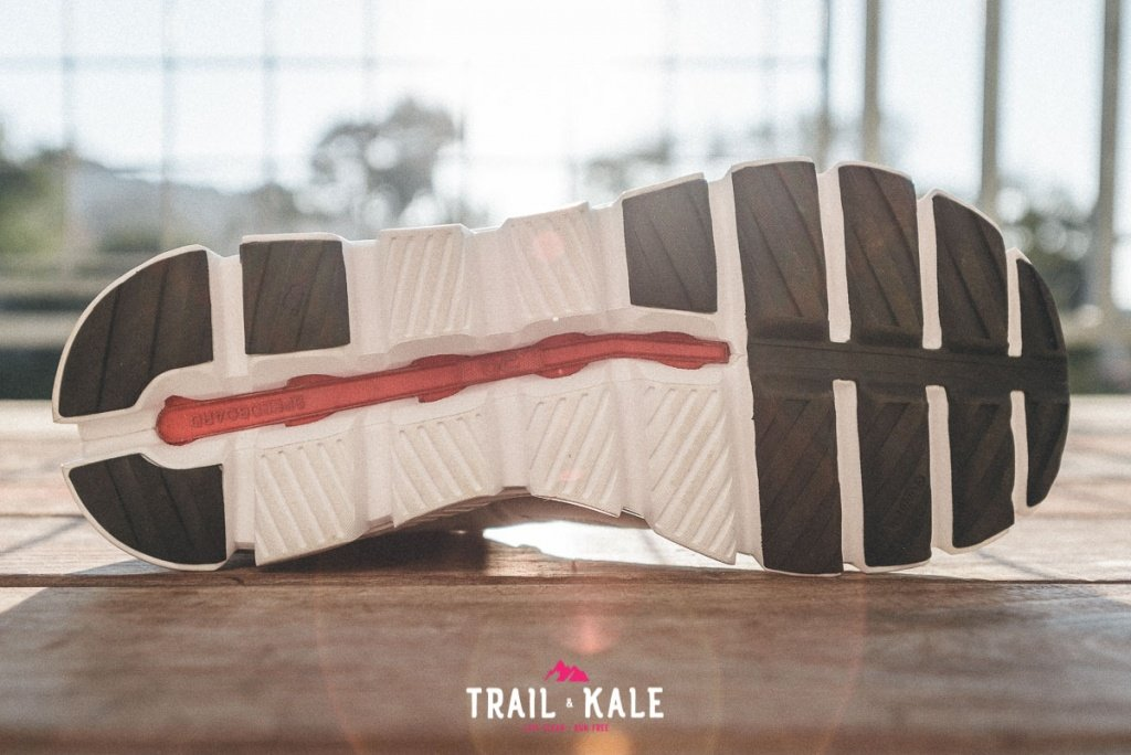 On Cloud Hi Edge review trail and kale wm 7