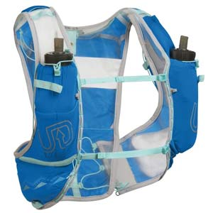 Ultimate Direction Ultra Vesta 5.0 front Best womens hydration vests running hydration packs trail and kale