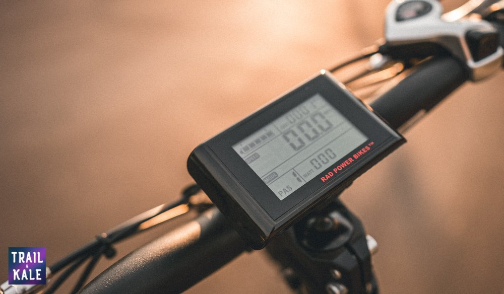 RadMini 4 Review - LCD Backlit display - Trail and Kale