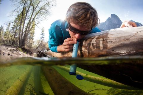best backpacking water filter Lifestraw demonstration Trail and Kale